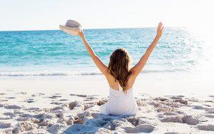 170502 海 砂浜 女性